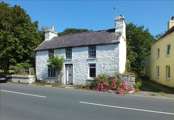 Briar Cottage, Main Road